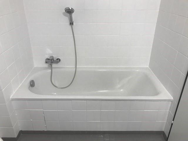 neue Badewanne ohne Fliesenschaden getauscht